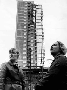 Former residents standing near to Ronan Point flats, November ref: Vintage London, Old London, Yamaha 125, Council Estate, British Architecture, Load Bearing Wall, East End London, Tower Block, History Photos