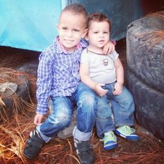 Mis principes juan y sebas childres
