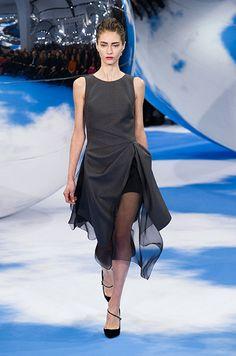 Défilé prêt-à-porter Christian Dior, automne-hiver 2013-2014