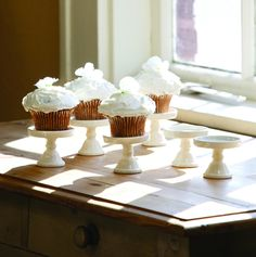 Oh, Hello Friend | Mini Cupcake Stand - Set of 6