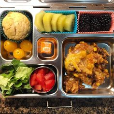 My daughter's @planetbox lunch for Wednesday is enchilada casserole with lettuce and tomatoes, homemade cranberry orange muffin, golden kiwi, and blackberries. Almost Wednesday, y'all! #lunch #bento #bentobox #organic #organicfood #kidslunch #healthyfood #healthykids #healthylife #healthyeating #Healthyfamily #instafood #instagood #schoollunch #eattherainbow #cleaneats #cleaneating #healthychoices #picoftheday #foodpic #foodie #eeeeeats #feedfeed #yum #healthymeals #parentlife #momlife…