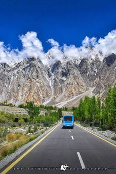 12 Beautifull Gilgit Baltistan photography by imtiyaz most of the photography taken in skardu thats called northen area of pakista. Ursula, Beautiful Places To Visit, Places To See, Amazing Places, Pakistan Photos, Pakistan Zindabad, Pakistani Culture, Pakistani Girl, Pakistan Travel