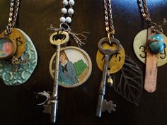 vintage keys and other bits make for yummy necklaces ~ what a great way to re-use those broken jewelry peices we all have lying around!