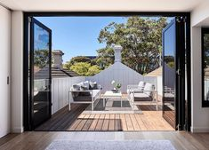 Located in Melbourne's inner bayside suburb of Albert Park, this narrow Victorian terrace by Dan Webster Architecture proves that restraint in space doesn't always mean restraint in clever design. Victorian Terrace House, Victorian Cottage, Victorian Homes, Australian Architecture, Interior Architecture, Interior Design Awards, Terrace Design, Garden Design, House Design