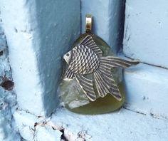 Fish Pendant Green Fused Glass Pendant от FancyThatFusion на Etsy