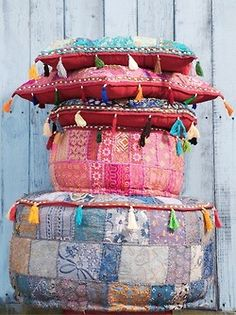 Love the patchwork pouf. Bohemian Interior, Bohemian Decor, Bohemian Style, Bohemian Pillows, Boho Cushions, Ibiza Style, Bohemian Living, Kalif Storch, Passion Deco