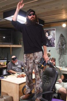 "Duck Dynasty....""Si's given me the best gift he could ever give me...SI-LENCE"" - Jase Robertson"