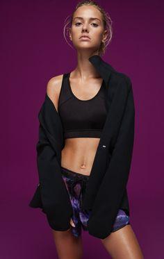 Powerful Movement - Sportswear Spring 17 Collection  Model: Claire Guena  Photos by Esperanza Moya