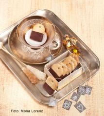 Kekse selber backen - feine Rezepte für Weihnachtskekse - alle Einträge | Kochen… Cookies, Hidden Pictures, Bakken, Crack Crackers, Biscuits, Cookie Recipes, Cookie, Biscuit