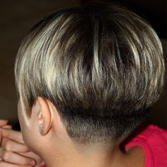 The bowl cut for women is BACK in style. NOT! It never was!