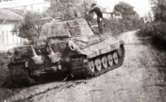 King Tiger Ausf B operating in Hungary during late 1944 Tiger Ii, Military Engineering, Germany Ww2, Tiger Tank, Military Armor, Tank Destroyer, Model Tanks, Military Pictures, Ww2 Tanks
