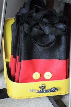 Mickey Mouse Party gift bag idea