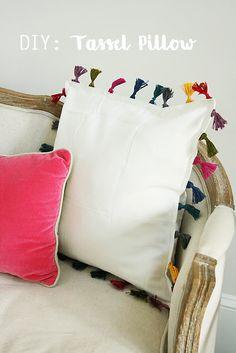 DIY Tassel Pillow - Darling Darleen | A Lifestyle Design Blog