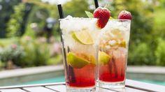 Préparez vos shakers, sortez les glaçons… On vous prépare l'émission la plus secouée de l'année ! Deux barmans viennent faire mousser les cocktails de l'été !