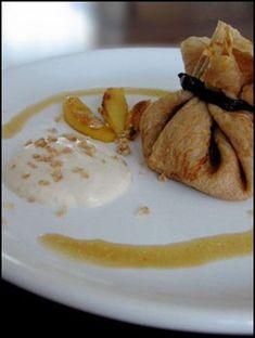 Aumônières de crêpes à la farine de châtaigne, pommes poêlées et mascarpone à la crème de marrons - Recettes de cuisine Ôdélices