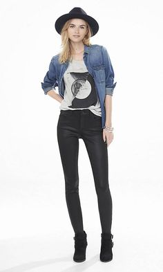 The black coating on these ankle-length denim leggings make your look rocker hot. Pair them with a graphic tee, moto jacket and heeled buckle booties.