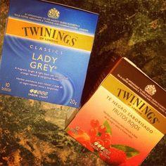 Me he vuelto refanatica de los #twinings y mas del #LadyGrey y el FrutosRojos #lahoradellonchecito #lahoradelte #igersperu #igersuruguay #Montevideo #Uruguay #luizaenuruguay #yummy #tea #happyday #frio #invierno