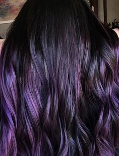 Blackberry Hair is The Unexpected Spring Hair Color Trend Blackberry Hair is the Unexpected Spring Hair Color Trend purple hair balayage Dark Purple Hair Color, Ombre Hair Color, Cool Hair Color, Dark Violet Hair, Color Blue, Violet Hair Colors, Vivid Hair Color, Color Pen, Ombre Nail