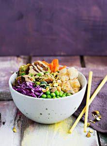 Hernefalafel-kasviskulho | K-Ruoka #herne #hernerouhe #falafel #kulhoruoka #kasvis #gluteeniton Falafel, Vegan Foods, Tahini, Risotto, Potato Salad, Kitchen Decor, Potatoes, Cooking Recipes, Ethnic Recipes