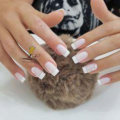 """Unhas Arrasadoras on Instagram: """"In love #inspiração  By: @lizandralimaesmalteria  Quer fazer unhas arrasadoras? Clique no site do meu perfil @unhas.arrasadoras e veja como…"""" French Manicure Nails, Matte Nails, Gel Nails, Beauty Make Up, Hair Beauty, Cute Acrylic Nails, Nail Arts, Short Nails, Nails Inspiration"""