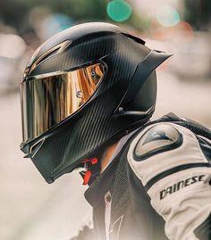 AGV Pista all carbon shell helmet. Cool Motorcycle Helmets, Motorbike Girl, Racing Helmets, Motorcycle Design, Cool Motorcycles, Motorcycle Outfit, Motorcycle Bike, Street Bike Helmets, Motorcycle Accessories
