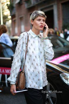 #elisanalin #white #shirt #street #fashion #style #embroidery #broderie #mode #moda #streetstyle by #sophiemhabille