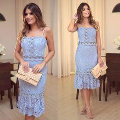 {Light Blue } Vestido lindo de renda @evabellaoficial Minha cor favorita do verão! Não tá lindo esse azul clarinho?!