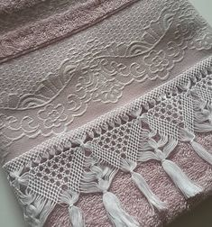 tpys for girls and The Most Beautiful Pictures at Pinteres It is one of the be… – macrame Lace Weave, Macrame Knots, Most Beautiful Pictures, Diy And Crafts, Weaving, Rugs, Crochet, Instagram, Olaf