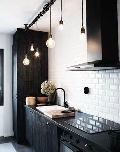 zwarte-keuken-hout