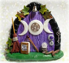 Another wizard/ witch/ Wiccan / pagan door.