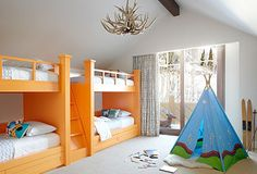 orange bunks/teepee