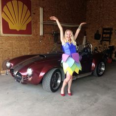 GisHWheS 2015 - Make a dress out of construction paper and take a picture in front of a classic car.