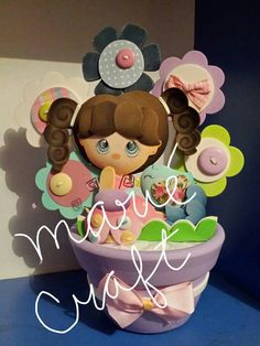 Marie Craft Ideas Para Fiestas, Foam Crafts, Paper Quilling, Gift Baskets, Marie, Sculptures, Baby Shower, Scrapbook, Gifts