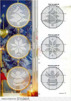 Filet crochet Christmas motifs with graphs Fabric Christmas Trees, Crochet Christmas Ornaments, Christmas Crochet Patterns, Holiday Crochet, Crochet Snowflakes, Christmas Cross, Filet Crochet Charts, Crochet Motifs, Crochet Art