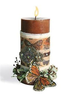 Pretty Butterfly Candle - too bad I can't have burning candles. Candle Lanterns, Diy Candles, Pillar Candles, Decorating Candles, Flameless Candles, Decoration Christmas, Beautiful Candles, Burning Candle, Beautiful Butterflies