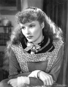 Katharine Hepburn Appears In The Film 'Little Women' In USA. Actress Hepburn Won Four Of Twelve Oscar Nominations For Best Actress And Starred In Such Classic Films As 'The African Queen' And 'On Golden Pond. Katharine Hepburn, Audrey Hepburn, Classic Actresses, Classic Movies, Actors & Actresses, Margaret Sanger, Hollywood Stars, Classic Hollywood, Old Hollywood