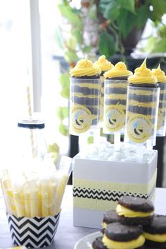 Bumble Bee Brownie Pops #BigDot #HappyDot