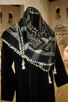 Reflections of Iman Islamic Clothing  - Middle Eastern  Black and Cream Shemagh Scarf, £12.70 (http://www.reflectionsofiman.com/products/Middle-Eastern--Black-and-Cream-Shemagh-Scarf.html)