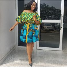 Here are some ankara short gowns that will give you that unique look you deserve. They can be worn for work and other special events. Ankara Styles For Women, Latest Ankara Styles, Latest African Fashion Dresses, African Print Dresses, African Print Fashion, Africa Fashion, African Dress, Ankara Fashion, African Prints