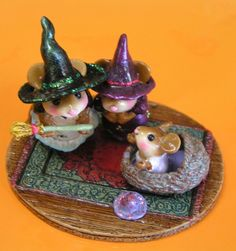 Wee Forest Folk M-373B Baby Witch's 1st Broom Limited Edition 2002