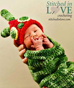 Crochet this adorable cocoon and beanie for your newborn's photo shoot or Halloween costume!