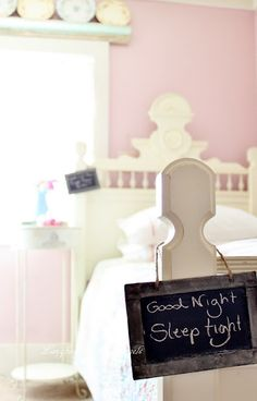 Guest room: cute sign!