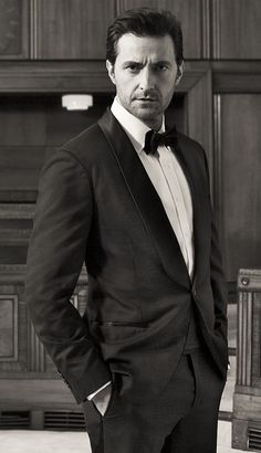 Richard Armitage From the Esquire magazine photo shoot video - 2013
