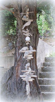 Grande Guirlande en bois flotté et oiseaux en bois chantourné . Déco. naturelle : Accessoires de maison par boisflottecorsica