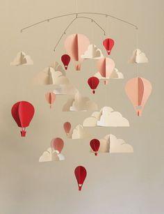 DIY: 15 pretty baby mobiles you want to make! DIY: 15 pretty baby mobiles you want to make! Mobil Origami, Origami Diy, Origami Simple, Mobile Art, Cloud Mobile, Hot Air Balloon Paper, Diy Bebe, Diy Paper, Craft Ideas