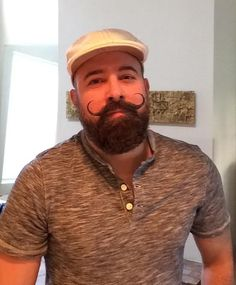 Like the Handlebar Moustache accent to the beard Beard And Mustache Styles, Beard No Mustache, Hair And Beard Styles, Gay Beard, Great Beards, Awesome Beards, Moustaches, Brown Beard, Handlebar Mustache