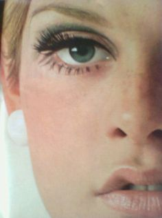 Twiggy | Fresh Faced - Pink cheeks and lots of mascara.