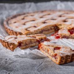 Anybenyraba: линцерский пирог Sweet Bakery, Apple Pie, Banana Bread, Yummy Food, Sweets, Desserts, Tailgate Desserts, Deserts, Delicious Food