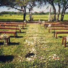 Stonehouse Villa #Austin #ATX #Texas #Wedding #AWDS #Love #Bridal #austinweddings #texasweddings