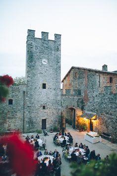 Castle Reception / Stefan & Ashwini's Symbolic Indian Wedding in Tuscany on The LANE / Photography by Lelia Scarfiotti